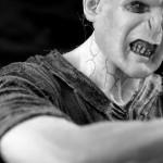 歯の汚れを落とすって、結局歯の表面を削るだけ?